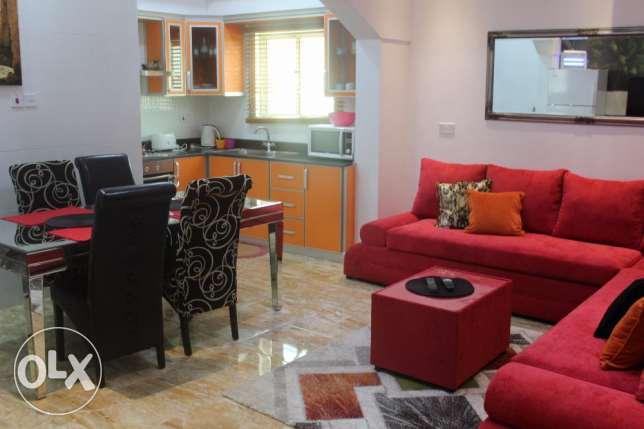 Stylish 2 BR in Saar
