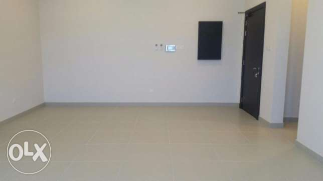 Brand new Semi-furnished apartment for SALE in Hidd, Ref: MPL0066 المنامة -  2