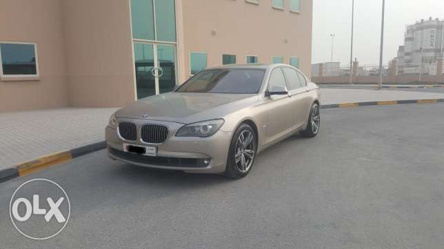 BMW 750i 2009 Full Option Dealer Maintained Low Mileage