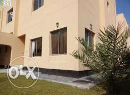 Bright and modern 4 bedroom compound villa in Janabiya