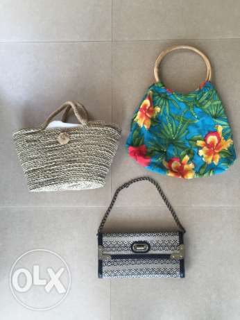 3 handbags for 2BD!!