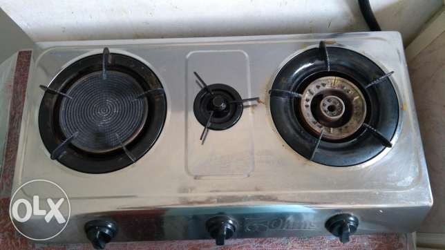 Stove with 6 months warranty.. .. just in 10 diner