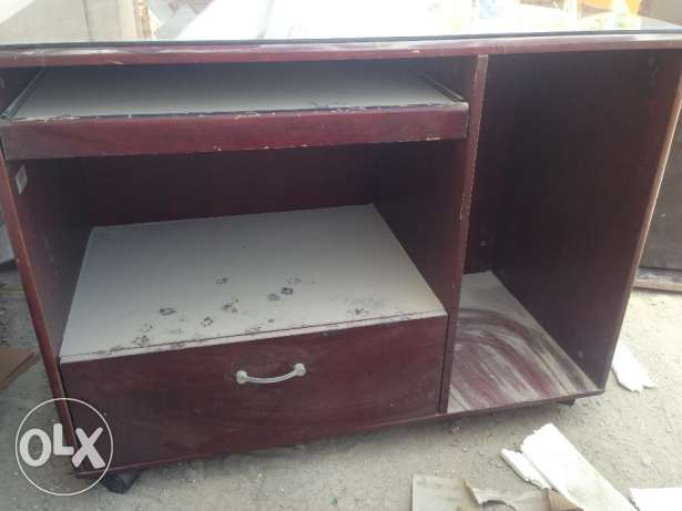 Computer table for sale توبلي -  4