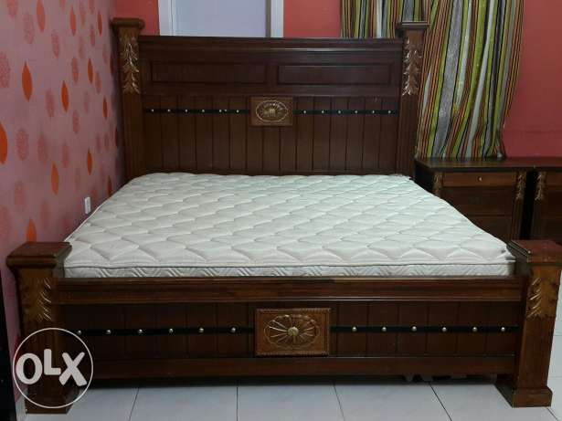 Master bedroom set almost new