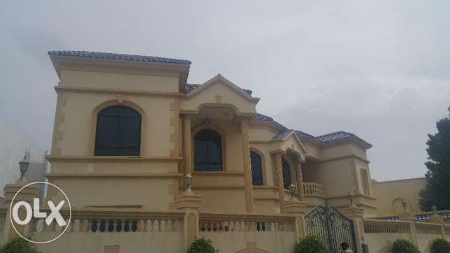 Super Luxury 5 Bedroom Semi furnished Villa near Saar Mall for Rent