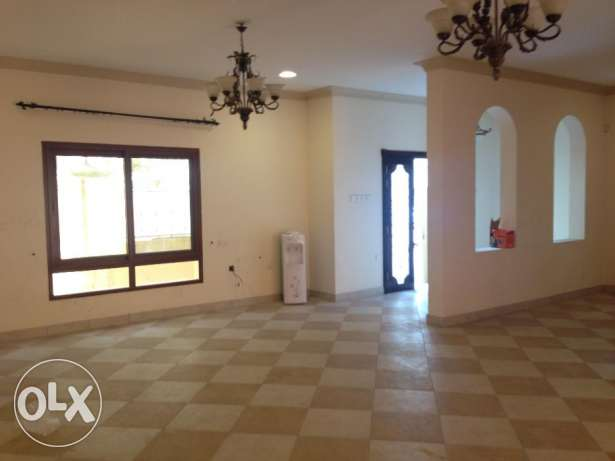 Commercial villa for rent in Adliya with pool rent 1100