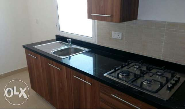 Nw hidd, perfect 2 BHK flat Semi furnished with balcony and central Ac المحرق‎ -  4
