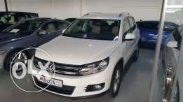 VW Tiguan 2014 warranty 3 years low km