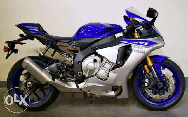2015 Yamaha yzf r1 for sell in like new.