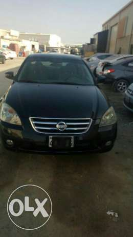 Urgently selling nissan altima good condition
