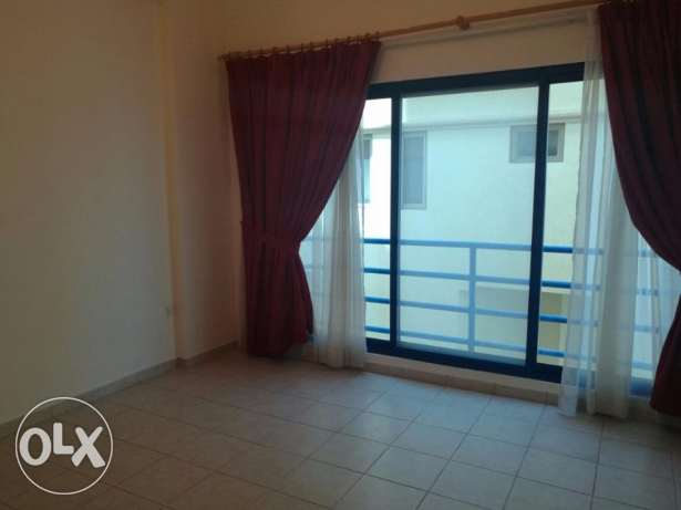 SEMI FURNISHED-CENT AC-3bedroom,2bathroom,hall,lift,kitchen,parking