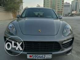2013 Porsche Cayenne GTS fully loaded excellent condition No accident