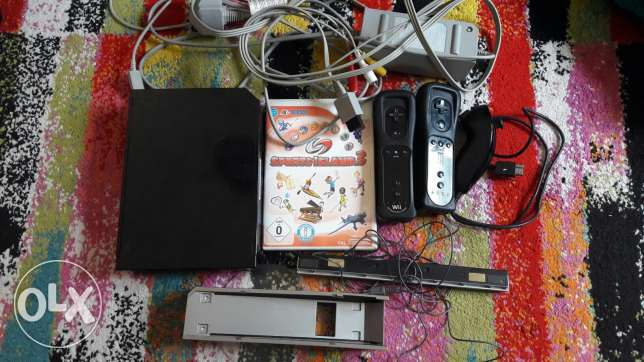 Wii Nintendo for sale 20 bhd with 30 games