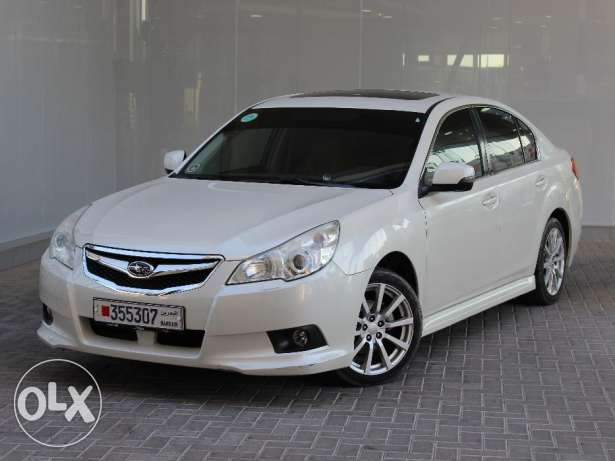 Subaru Legacy 2.0L 2012 White For Sale
