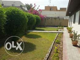 Beautiful 3 bedroom semi furnished villa with garden in budaiya