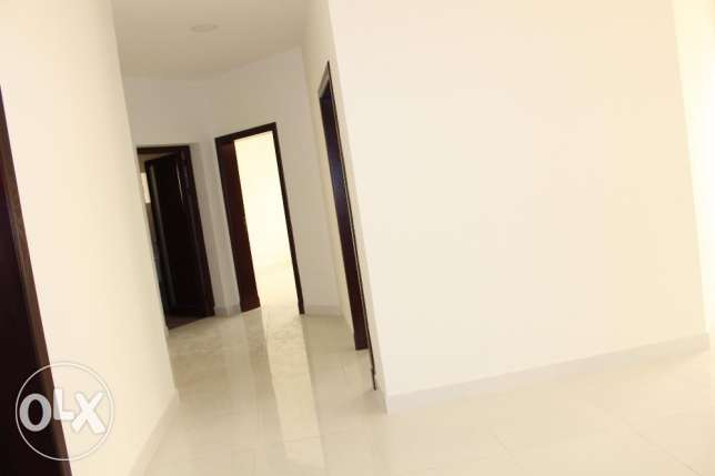 New hidd/2 bedroom brand new unfurnished Apartment