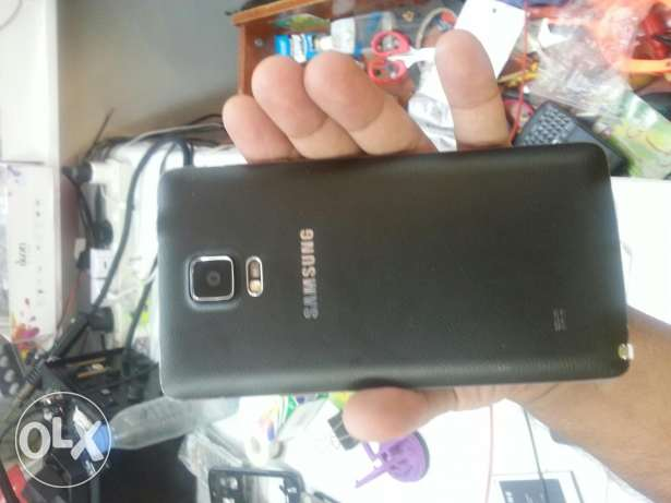 note 4 black fresh. good condition