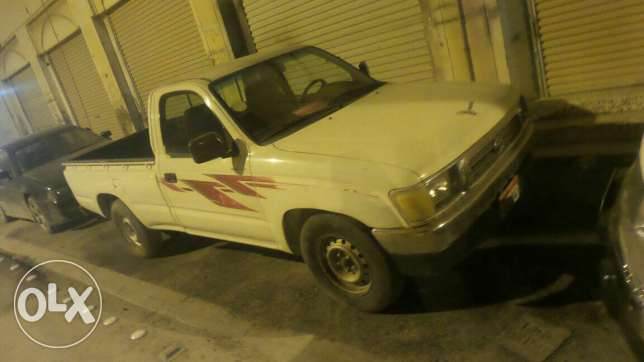 Toyota pickup model 2000