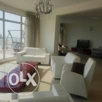 luxury Bent house for rent or selling having lagoon and sea view