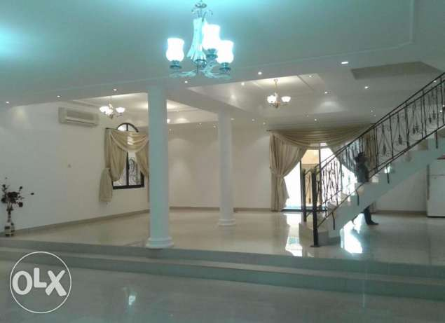 Lovely semi furnished 4 BR with private pool,garage villa for rent