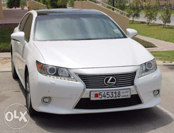 Urgent sale Lexus ES350 Full Option GCC specs with Panoramic Roof