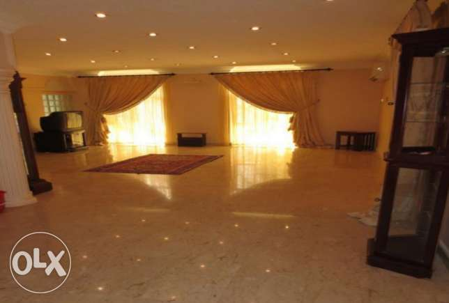 A Spacious Villa For Rent In Duraz البديع -  4