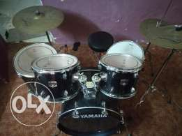 Selling my Yamaha gigmaker drums at great condition and special skins