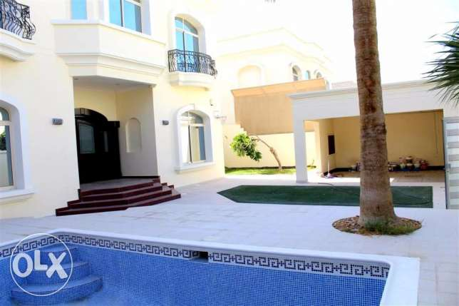 SRA55 5br semifurnished private villa for rent in saar close to school
