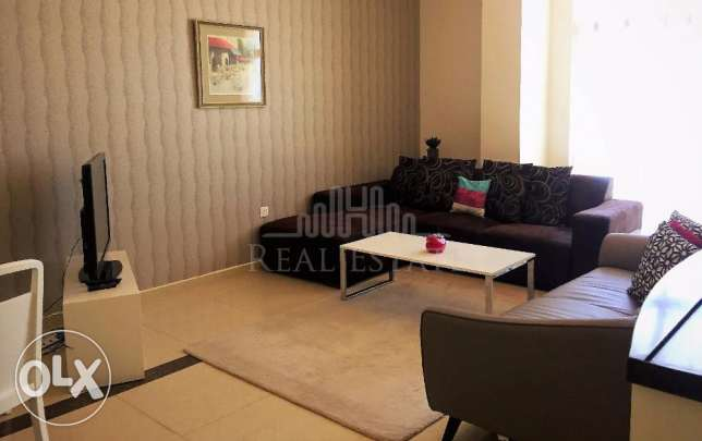 Fully furnished cozy apartment with a in Amwaj Islands.
