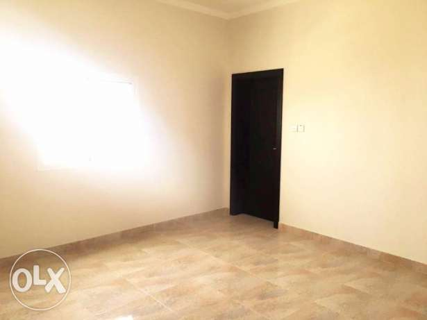 A Bright, Spacious Unfurnished Apartment
