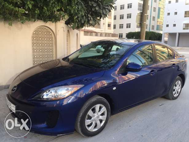 Mazda 3 very good condition low mailge no accident sale