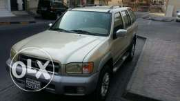 Nissan pathfinder 2003 full option