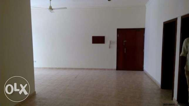 office for rent 350 BD - in heart of Exhibition road Perfect location. الحورة -  7
