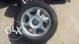 4 Alloy rims really good condition