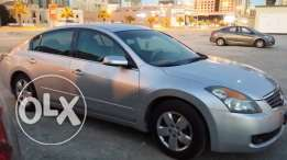 Nissan Altima model 2009 urgent sale