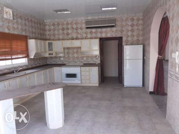 5 bedroomresidencial villa for rent