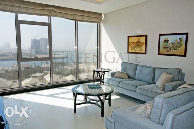 Two Bed Apartment with Amazing Sea Views