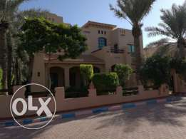 Beautiful 4 bedroom Villa semifurnished for rent at Jannusan - Budaiya
