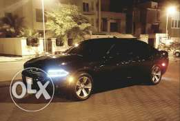 Charger (Fantom Black) attractive price سعر مغري