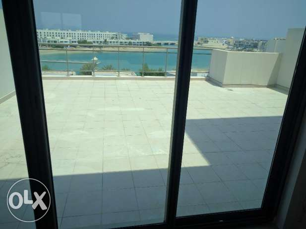 Loverly 3 Bedroom Penthouse for rent with nice sea view ,balcony