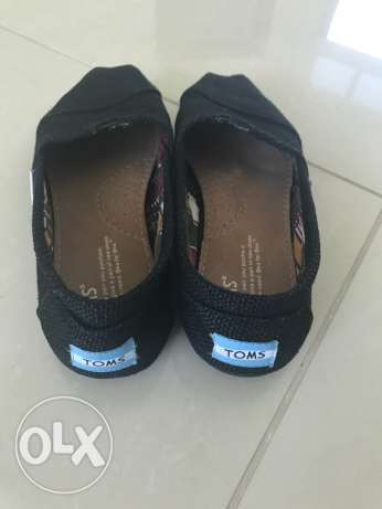 toms and converse shoes for sale
