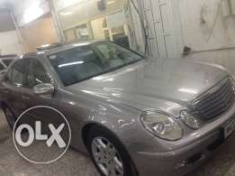 Mercedes Benz E240 very clean car no single scratch almost new no acnt