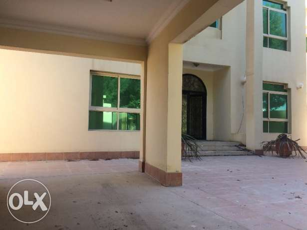 4 Bedroom semi furnished villa for rent - NAVY welcome - inclusive