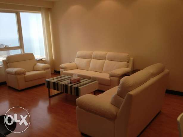 3 Bedrooms for rent in Gold Tower ( Sea View )