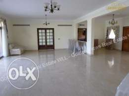 5 Bedroom specious villa for rent with large garden,pool,club etc..