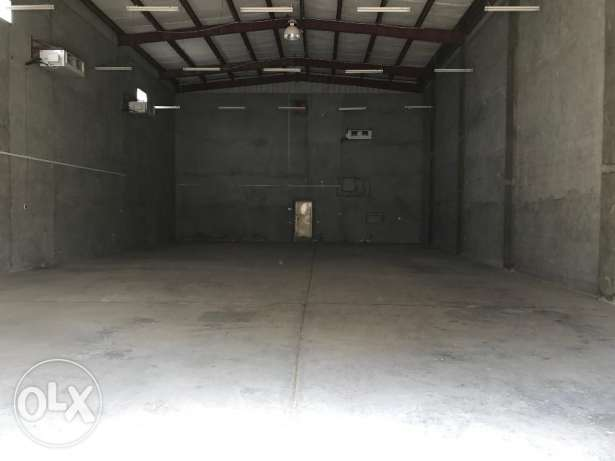store for rent warehouse in East Riffa