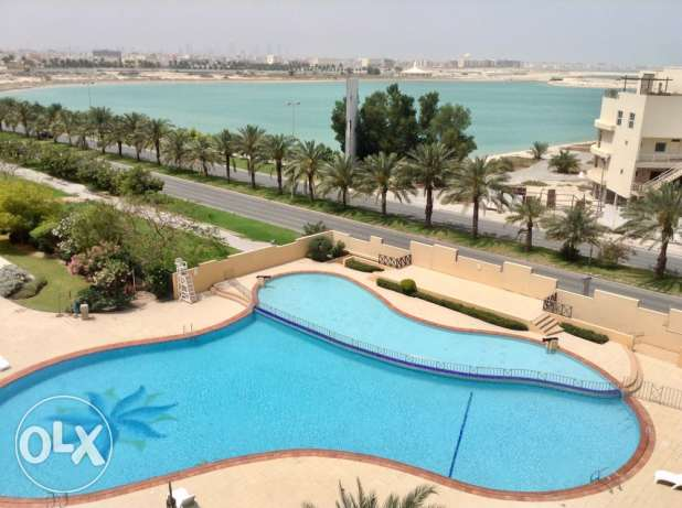 Spacious sea view 1 bedroom apartment in Amwaj island