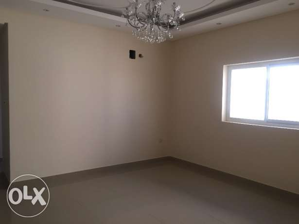 3 Bedrooms Unfurnished in Busaytin