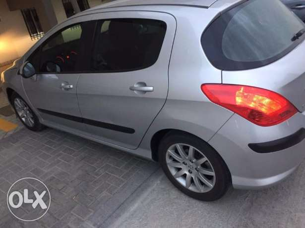 Peugeot car for sale 2011