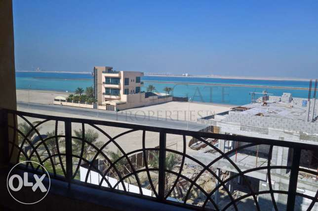 3 Bedroom Flat with Balcony and Sea View